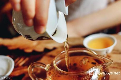 北方酒文化和南方茶文化对谈生意的影响